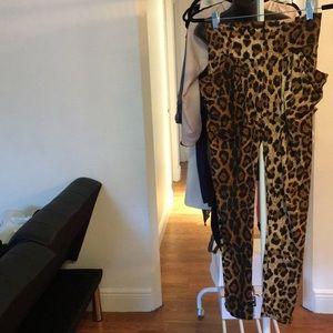 Pants - Cheetah super soft stretch gaucho pants